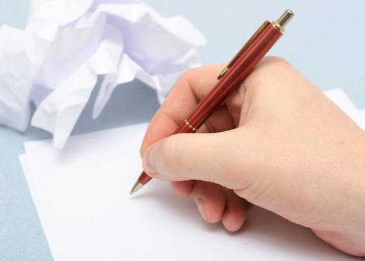 Mujer_escribiendo_56