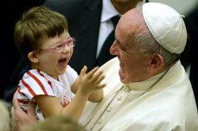 Papa Francisco - con niños
