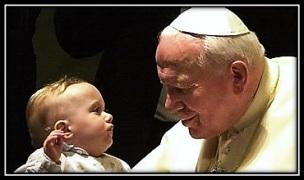 San Juan Pablo II con niño