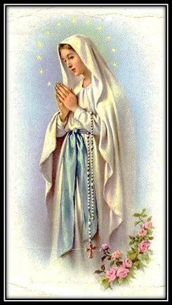 Virgen María con rosas