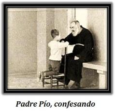Padre Pío - Confesando