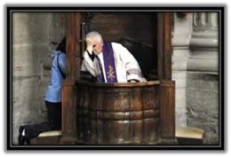 Sacerdote confesando