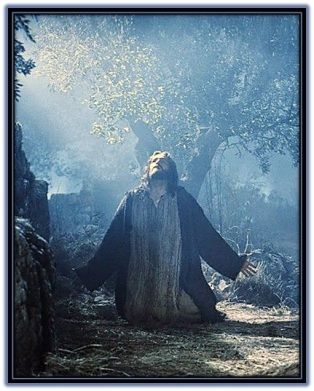 Jesús orando en el huerto con el Padre