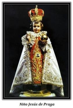 Niño Jesús de Praga con traje de gala