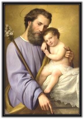 San José y Niño Jesús en brazos