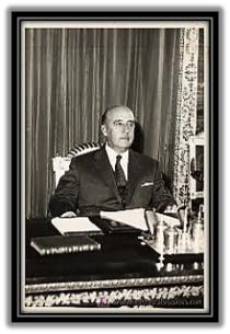 Francisco Franco en su despacho