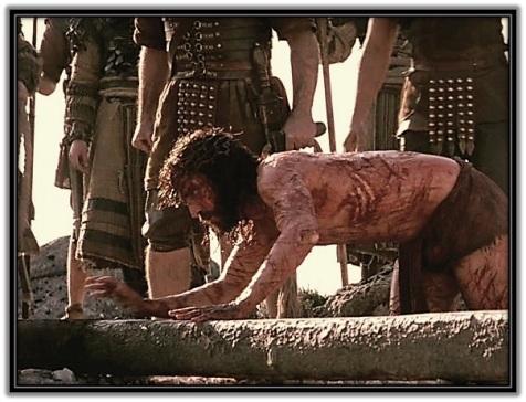 Jesús antes de ser clavado en la Cruz